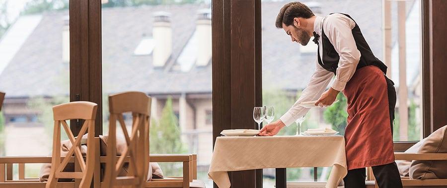 Funciones de un camarero de restaurante